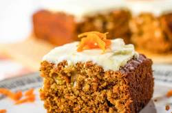 Vegan Carrot Cake With Cream Cheese Frosting | The Picky Eater
