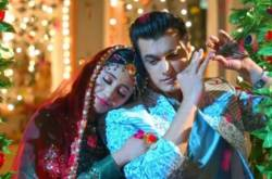 Yeh Rishta Kya Kehlata Hai SPOILER ALERT: Kartik To Miss Naira As He Prepares For His Engagement With Vedika